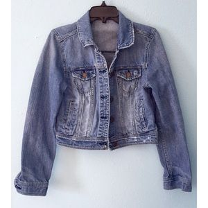 AEO Medium Wash Cropped Jean Jacket